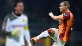 Sneijder Dortmund'a korku saldı