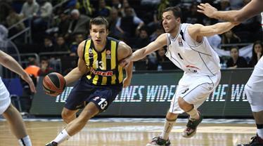 Fenerbahçe'nin yıldızı yıktı geçti